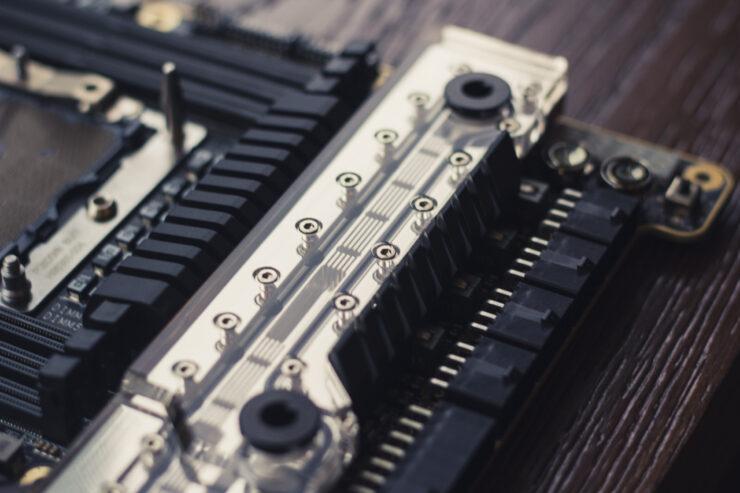 img_2384-evga-dark-sr-3-motherboard