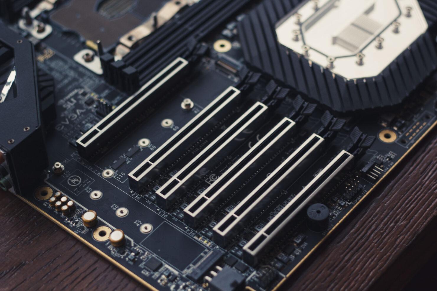 img_2386-evga-dark-sr-3-motherboard