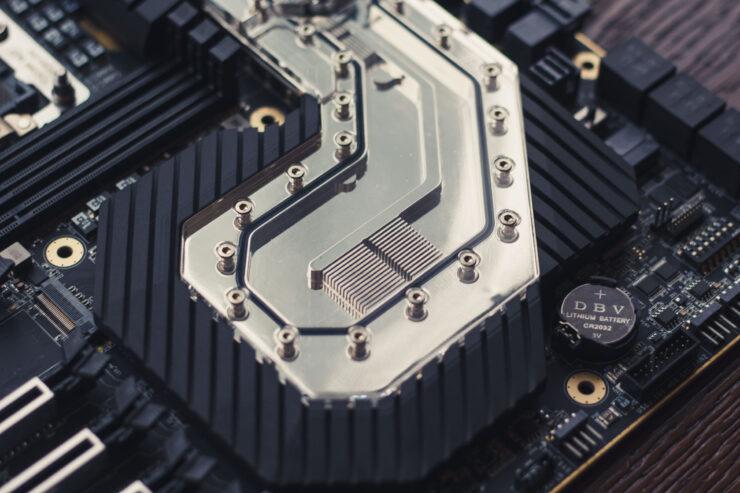 img_2387-evga-dark-sr-3-motherboard