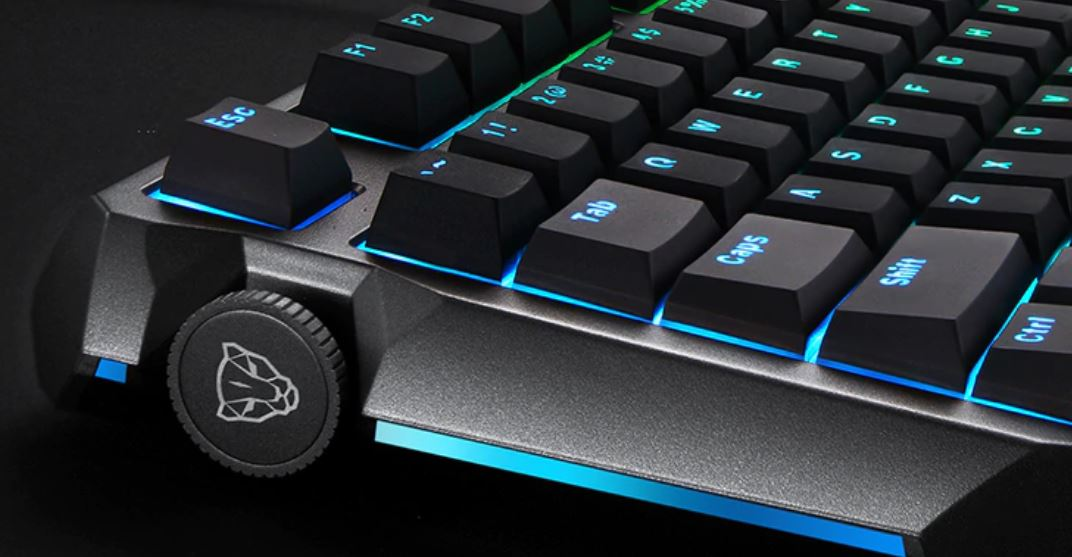 94ecbdbb098 Flash Sale: Must-Have MotoSpeed RGB Mechanical Gaming Keyboard Available At  Discount