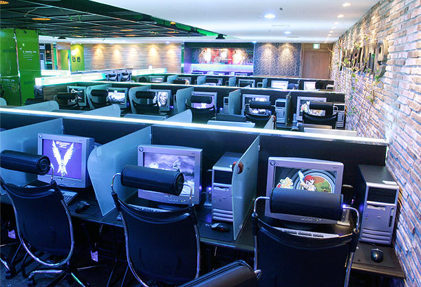 Where Are All the Internet Cafes Going in Asia?