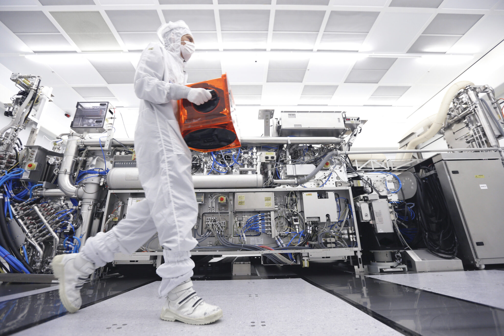 Samsung's 7nm EUV Is Ready For Volume Production
