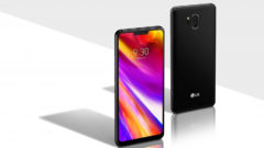 LG G7 ThinQ is available for nearly half the price