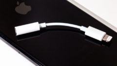 lightning-to-headphone-jack-adapter-5