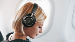 best-noise-cancelling-bluetooth-headphones