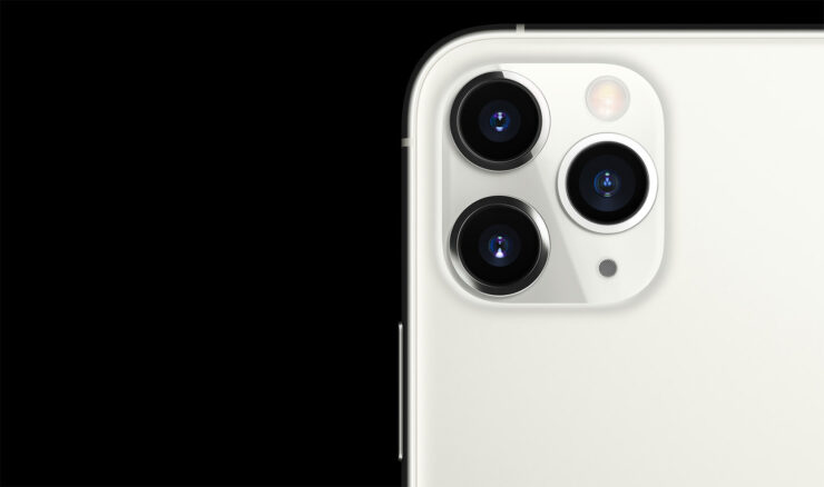 iPhone 11 Pro specifications show 6GB RAM instead of 4GB
