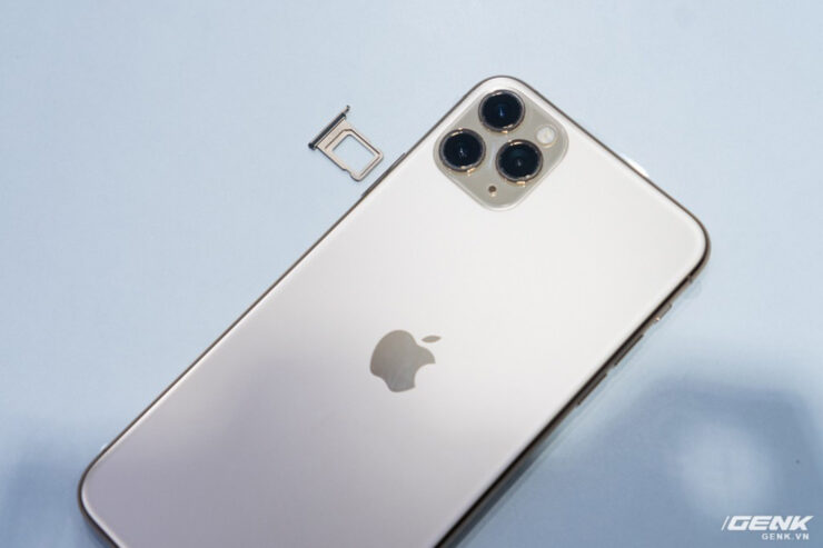 iphone-11-pro-max-unboxing-1
