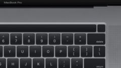 16-inch-macbook-pro-touch-bar-keyboard-1