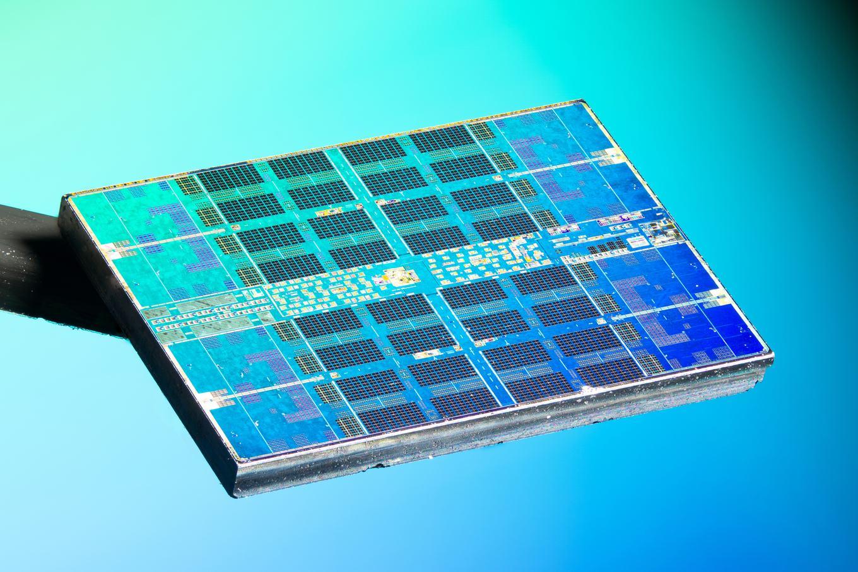 amd-ryzen-3000-zen-2-ccd_chip-shot_3