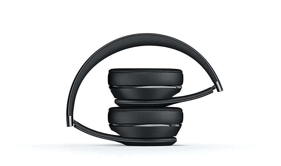 Beats Solo3 feature a foldable design