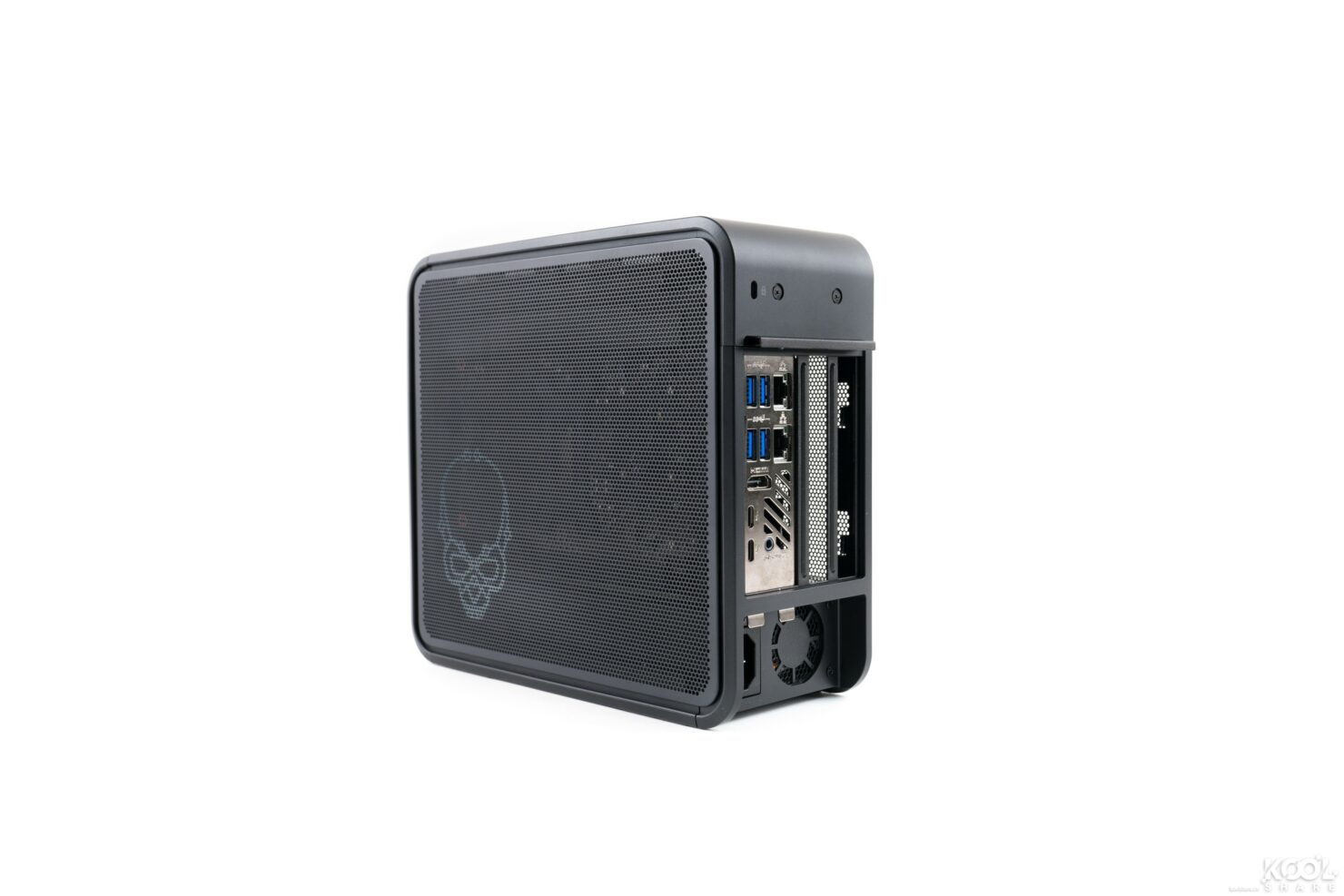 intel-ghost-canyon-nuc-and-element-modular-pc-review-7