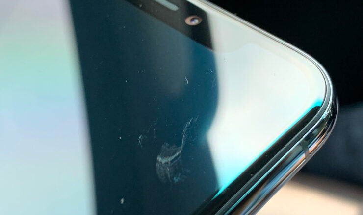 iPhone 11 display scratches