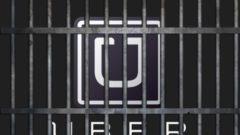 140603-nuzzi-uber-tease_baxhgd