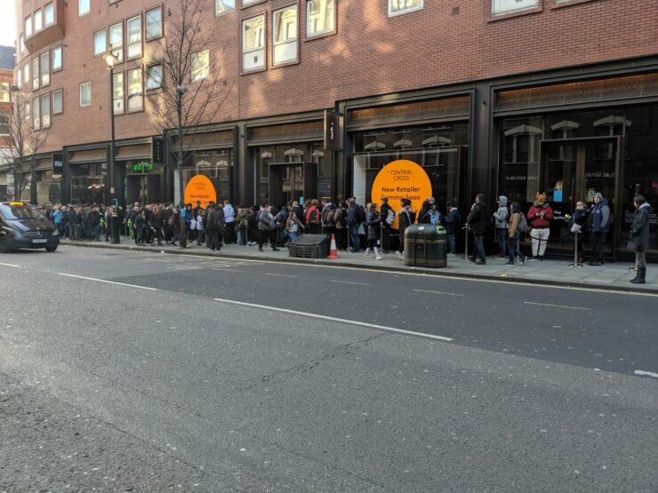RazerStore queue show