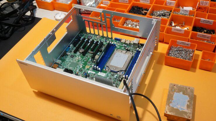 amd-epyc-32-core-rtx-2070-super_fanless-pc_truemetal-passive-up10_2