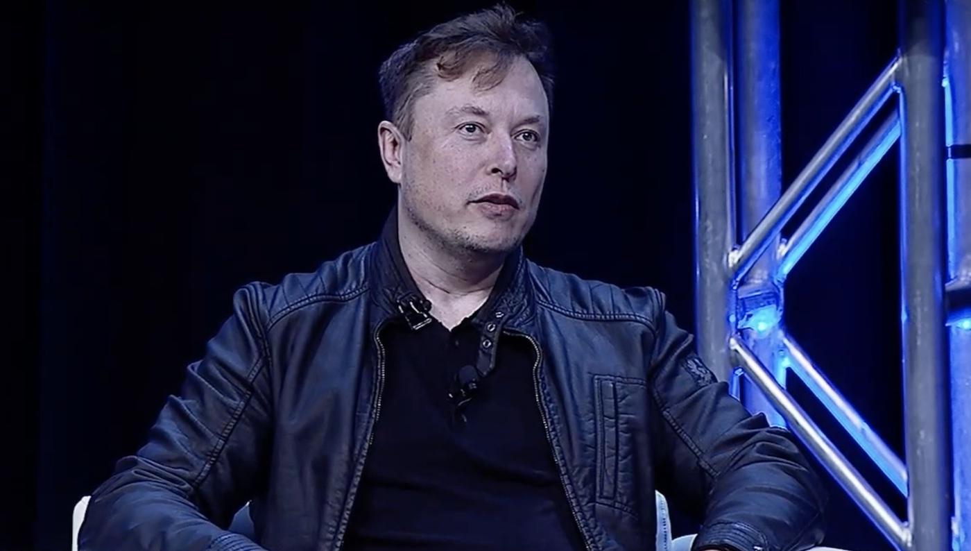 Elon Musk Apple Software Quality