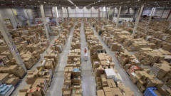 amazon-warehouse-inside