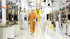 inside-samsung-foundry-clean-room