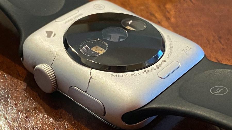 apple-watch-prototype-1