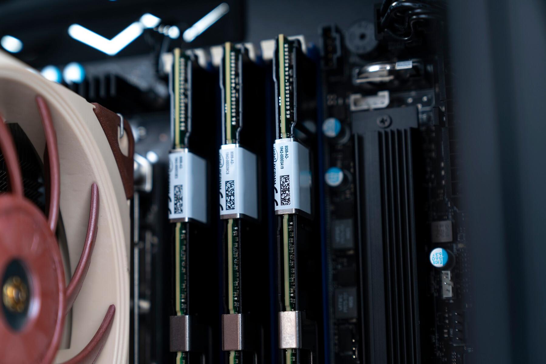 MAINGEAR Launches 64-Core Threadripper 3990X-Equipped 3Ws1nDFivi1T0K0x.jpg