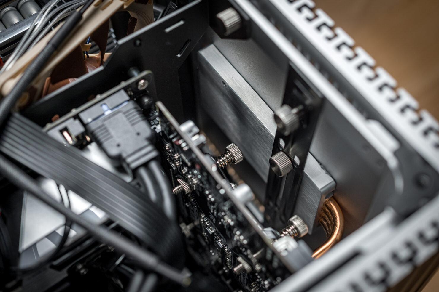 amd-ryzen-7-3700x-8-core-cpu-nvidia-geforce-gtx-1650-passive-cooled-pc_8