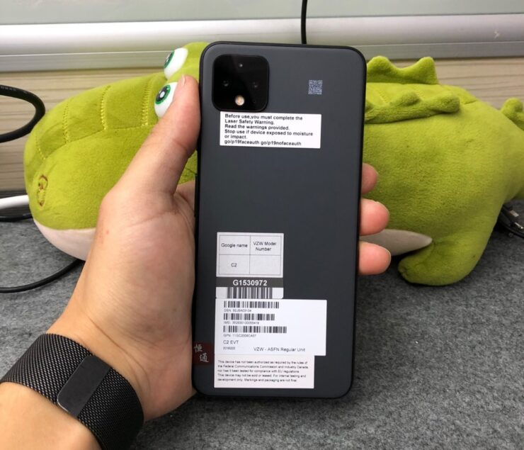 google-pixel-4-xl-in-gray-color-1