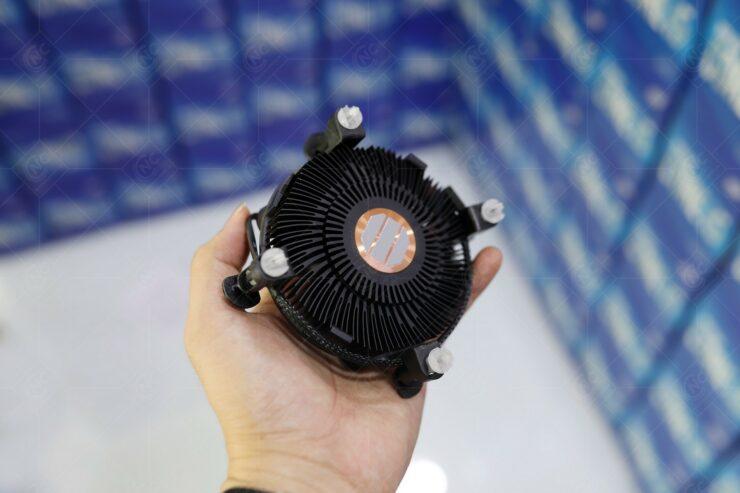 intel-boxed-cpu-cooler_10th-gen-desktop-comet-lake-processors_2