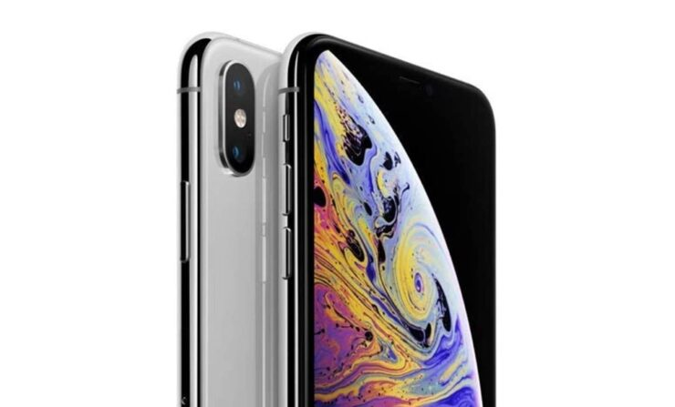 iPhone XS with 256GB storage selling for $514, renewed