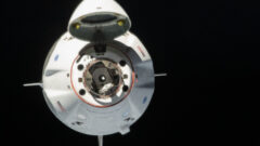 nasa-bob-behnken-doug-hurley-spacex-dragon-2-approach-iss