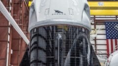 spacex-dragon-2-solar-panels