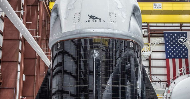 SpaceX Dragon 2 solar panels