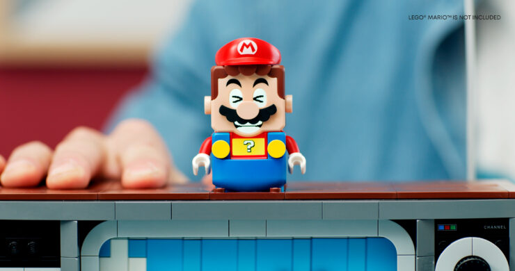 71374_71360_lifestyle_with-lego-super-mario_02disclimer