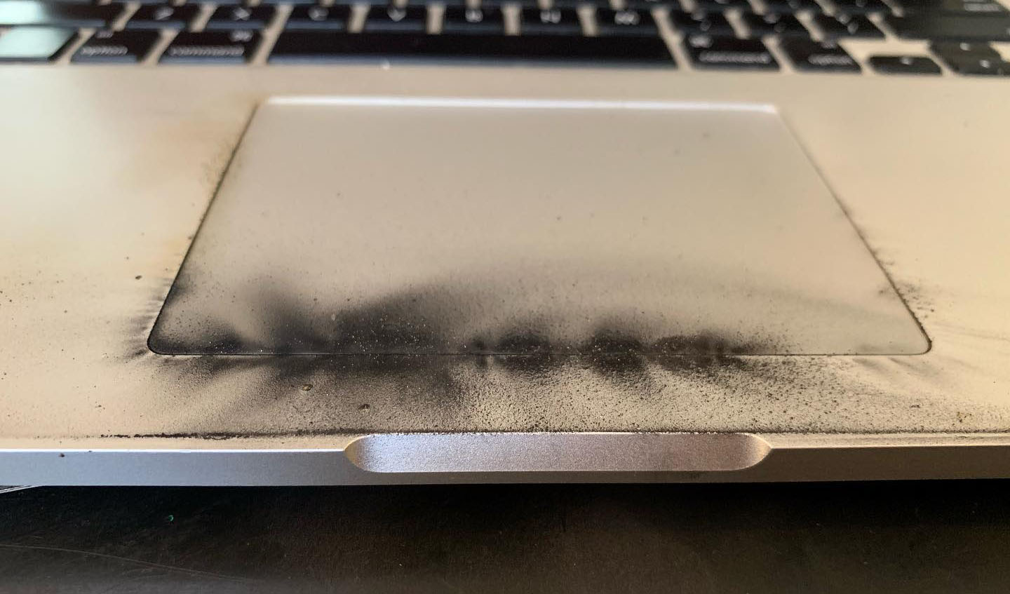 MacBook Survives, Disables All USB Ports to Prevent Damage After USB-C Cable 'Started to Smoke'