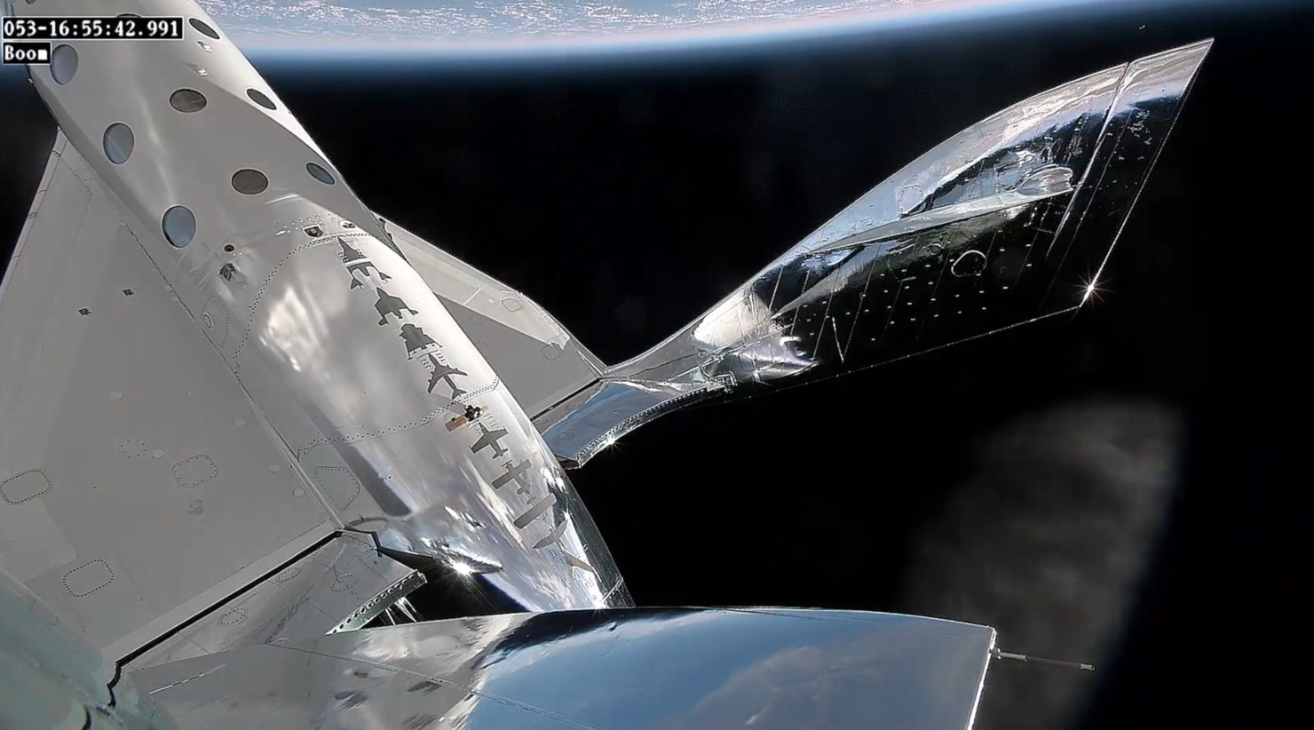 spaceshiptwo-adjust-high-altitude