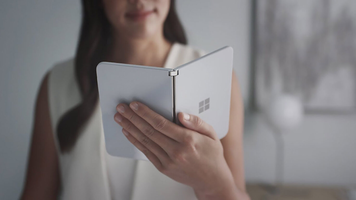 Microsoft Explains the Surface Duo Lacks NFC Because Company Wanted to Focus on 'Fundamental Scenarios That Solve Customer Challenges'