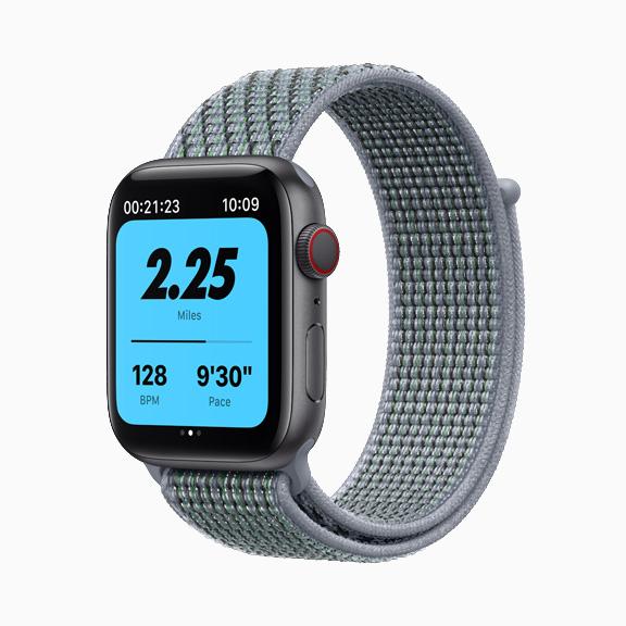 apple_watch-series-6-aluminum-space-gray-case-nike-watch-mist-green-band_09152020_carousel-jpg-medium