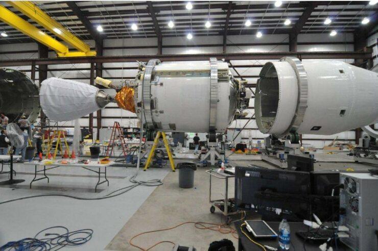 سبيس اكس فالكون 9 المرحلة الثانية للتصنيع