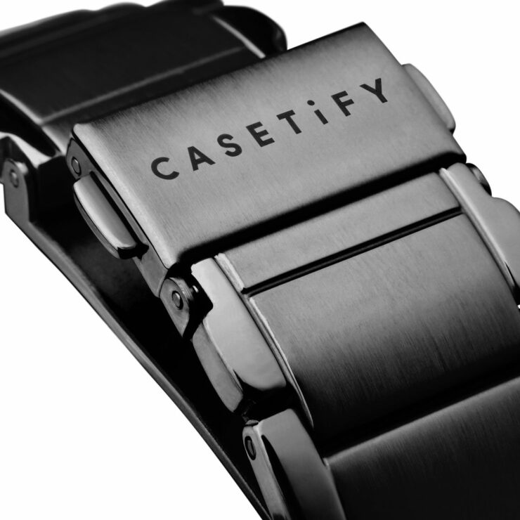 casetify-link-band