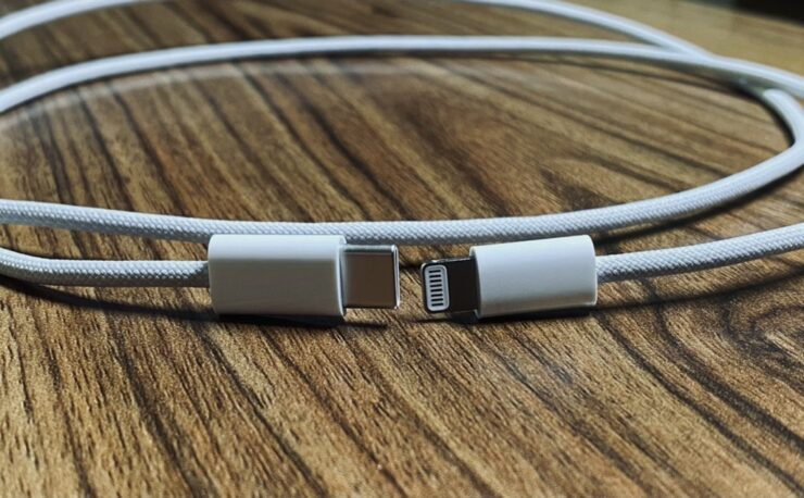 iphone-12-braided-usb-c-to-lightning-cable-3
