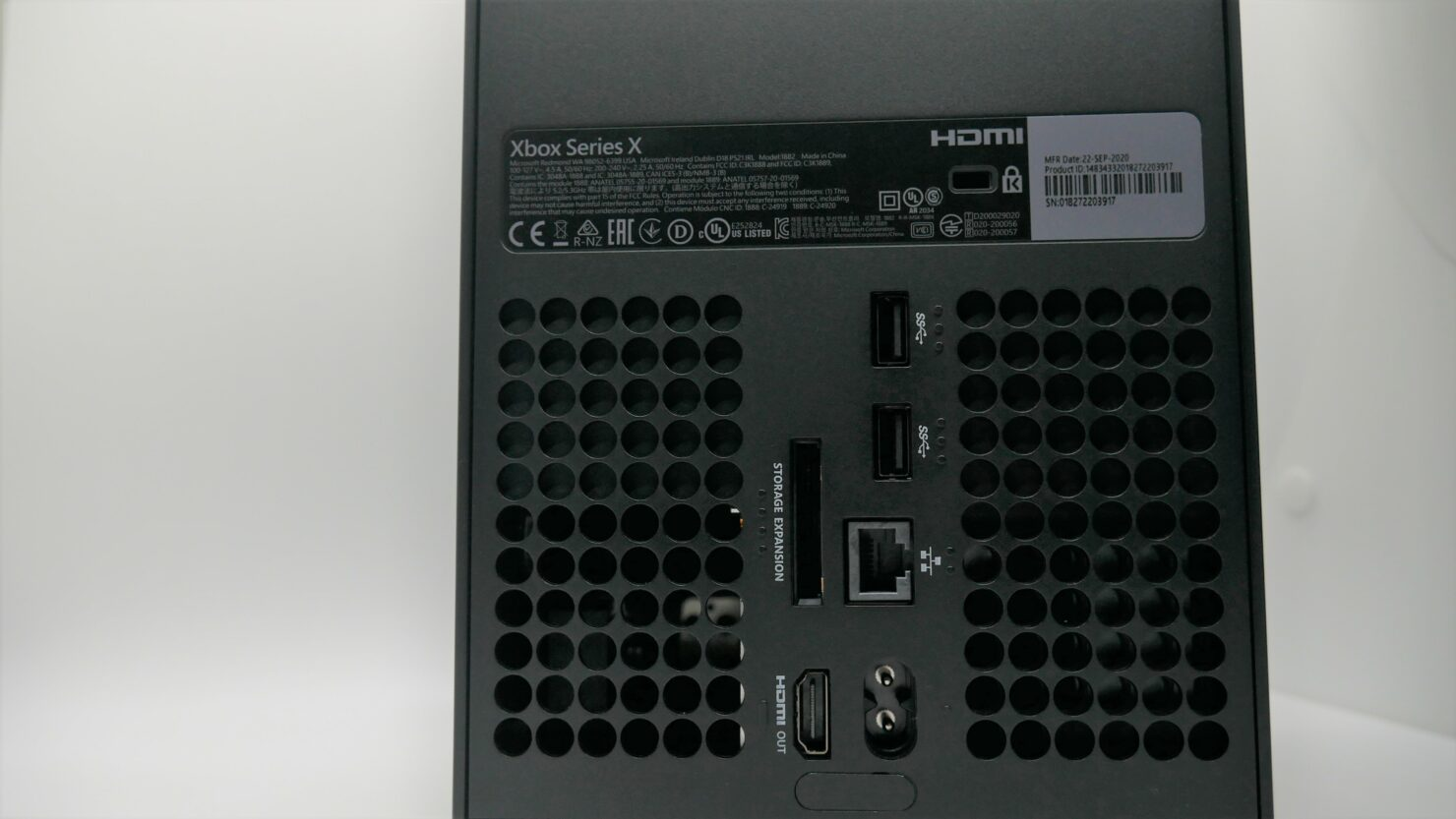 xbox-series-x-rear