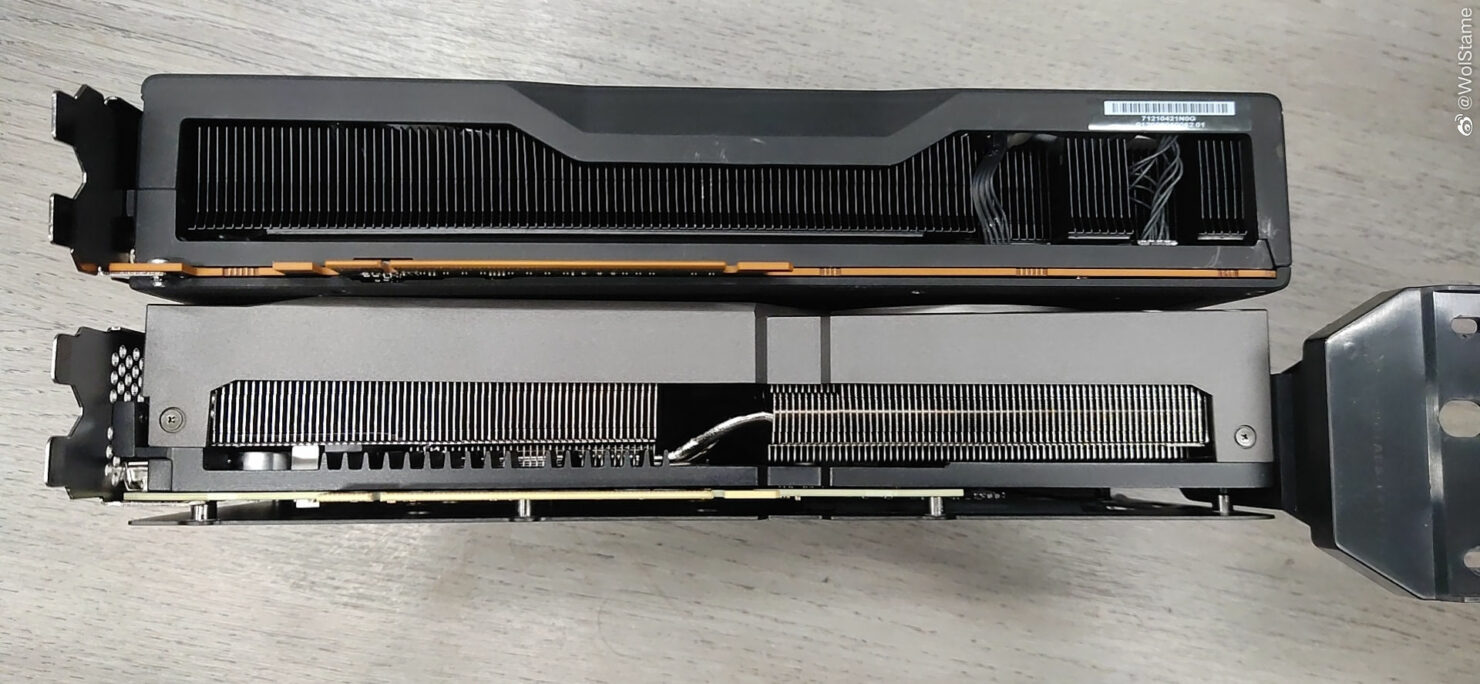amd-radeon-rx-6800-xt-black-edition-graphics-card_lenovo_4