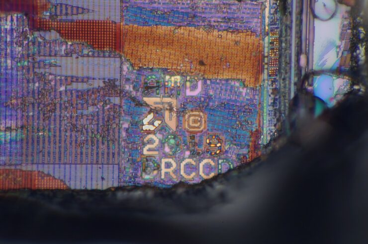 amd-ryzen-5000-zen-3-desktop-cpu_vermeer_die-shot_infrared