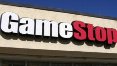 gamestop-wants-employees-to-dance-01-header