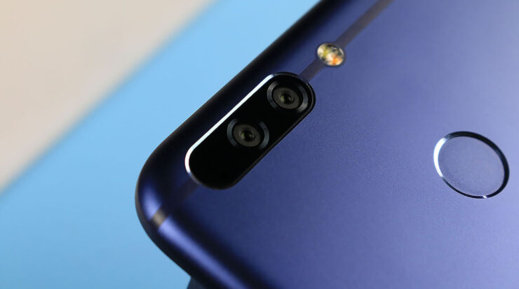 Huawei Officially Sells Honor Smartphone Brand to Ensure Longevity of Its Business