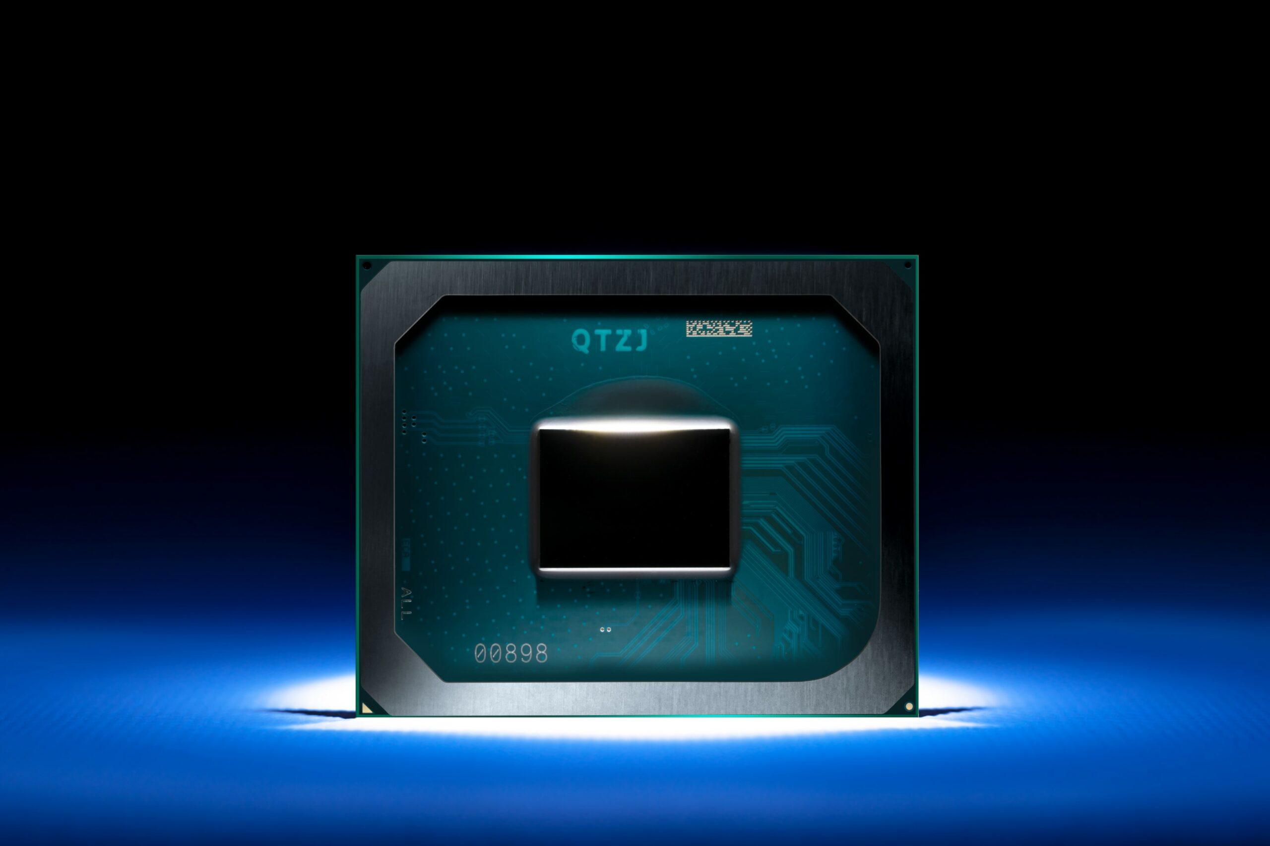 В сеть просочились полные спецификации Intel Tiger Lake-H