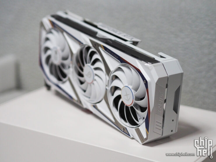 asus-geforce-rtx-3090-rog-strix-gundam-graphics-card-_16