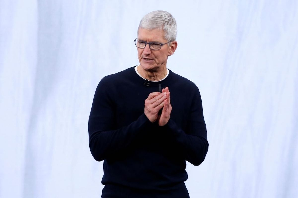 Tim Cook Criticizes Facebook Business Model, Says it Could Lead Polarization and Violence