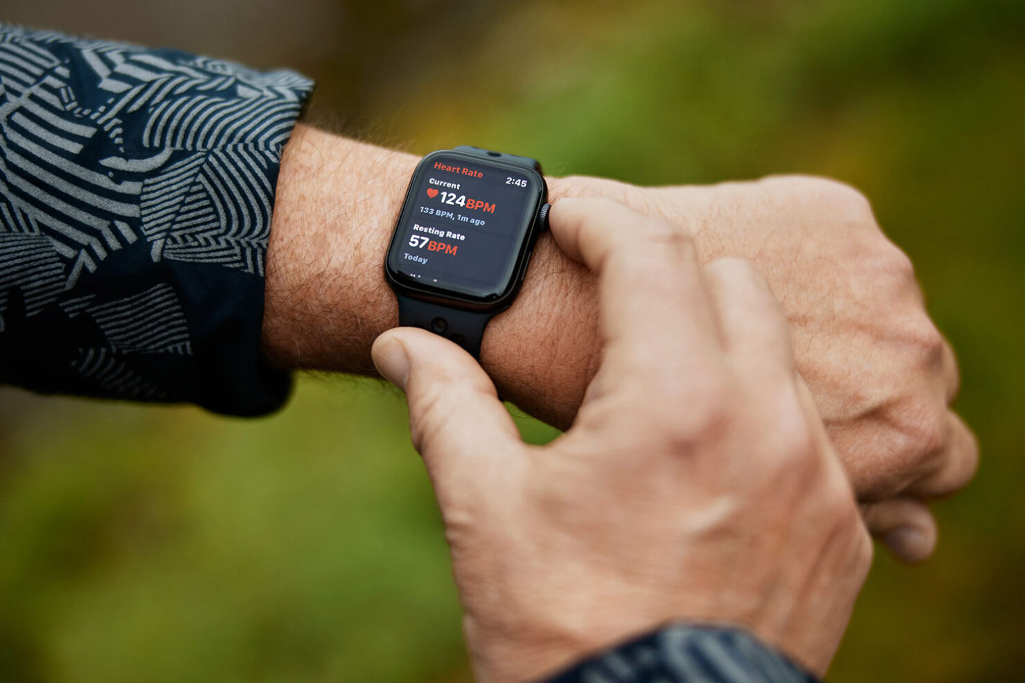 Apple Watch Alerted 59-Year Old to Irregular Heart Readings, Helped Him Seek Medical Attention and Potentially Saved His Life