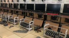 crytpcurrency-mining-farm-gpu-_-internet-gaming-cafe-_3