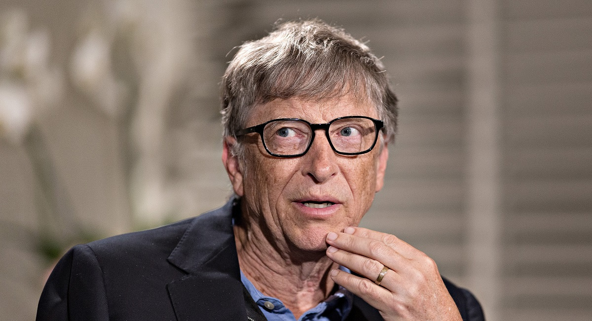 bill gates prefers android over iOS